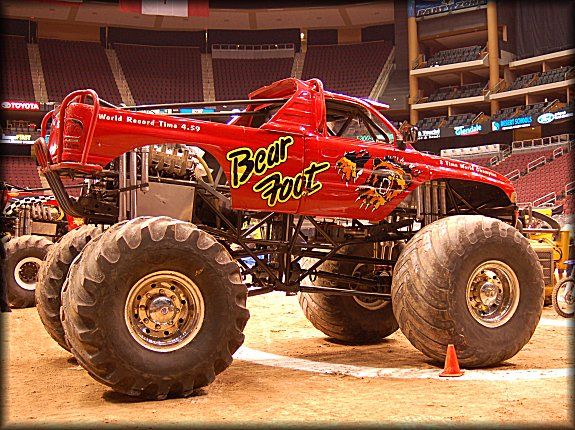 bearfoot pitparty Bearfoot Monster Truck