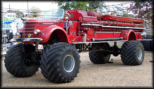 red giant truck - photo #48